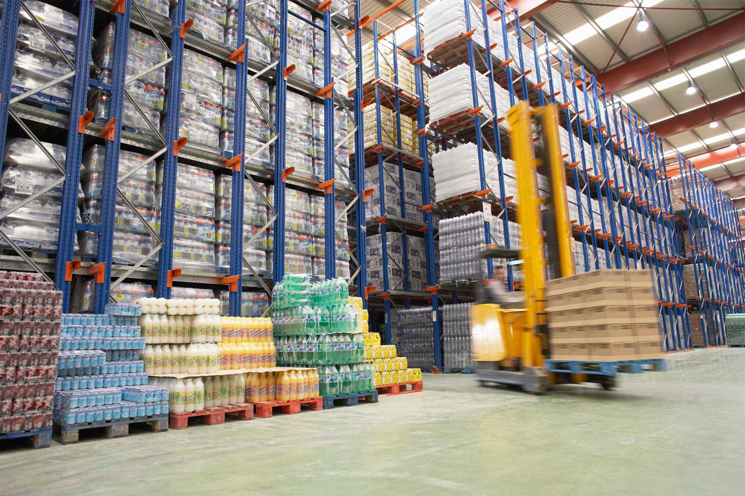 Warehouse-and-lifter.jpg
